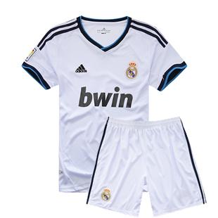 皇马队新款白色球衣